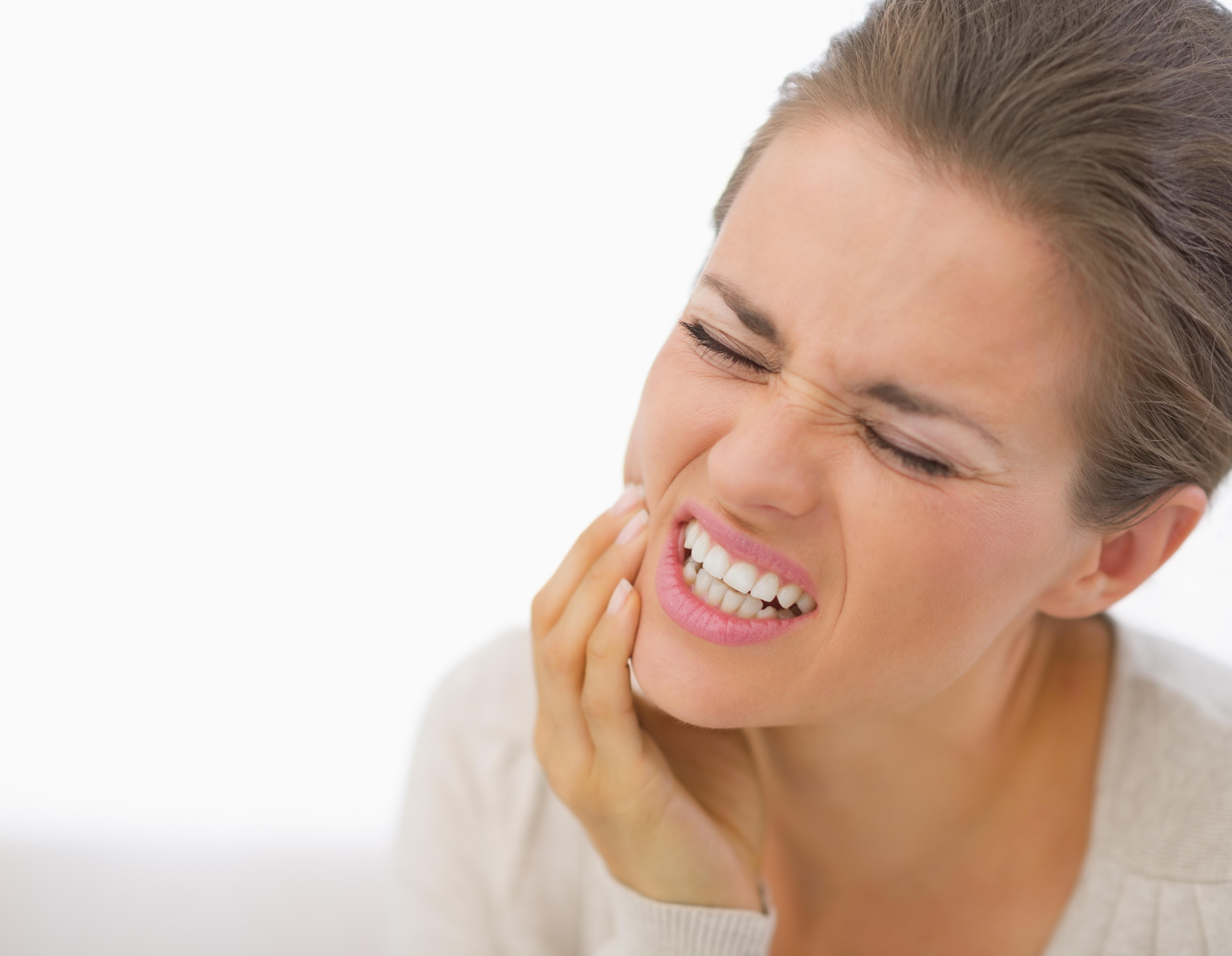 Diş Apsesi Nasıl Geçer: Diş Apsesine Bitkisel Çözümler
